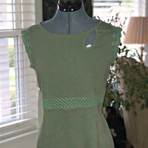 Vintage Inspired Keyhole dress with Crochet detail